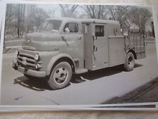 BIG 1952 DODGE DETROIT EDISON CO. DETROIT MI TRUCK   11 X 17  PHOTO   PICTURE