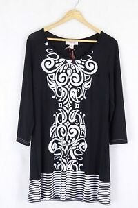 Clarity Top Black White Size M by Reluv Clothing