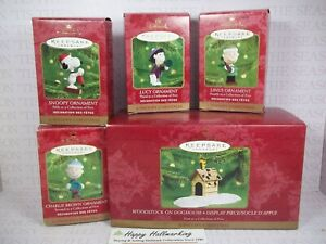 Hallmark 2000 A Snoopy Christmas Ornaments & Display FULL SET Peanuts Gang LOT