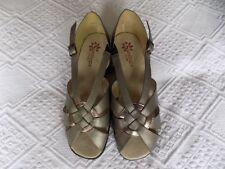 Sandals Extra Wide (EEE) Heels for Women