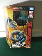 Transformers Kingdom War For Cybertron Optimus Primal Figure Beast Wars in hand