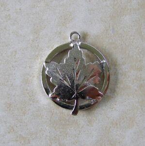 Canada Maple Leaf Round Sterling Silver Travel Bracelet Charm EMC