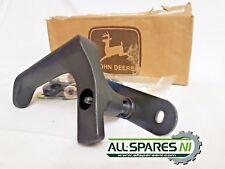 John Deere Rear Window Handle Kit - AL71326