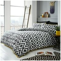 Geo Pom Pom Luxury Modern Duvet Quilt Cover Bedding Set with Pillow Case