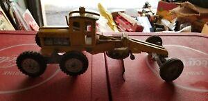 "Hubley Road Grader 13"" 1958 yellow construction vehicle"