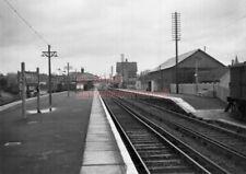 PHOTO  SR PETERSFIELD RAILWAY STATION VIEW ON 5/2/55 1