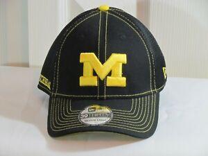 Michigan Wolverines Med-Large New Era 39Thirty Cap Hat  Black NCAA NWT