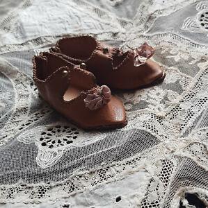 chaussures cuir poupée ancienne
