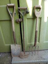 Set of 3 antique wooden handled garden tools - spade, fork, edger
