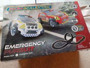 Micro scalextric Emergency Pursuit Set