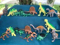 Kid Gift Prehistoric T-Rex /& Triceratops Dinosaur Rotating Music Box