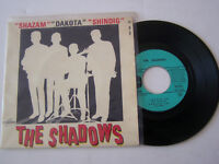 EP 4 TITRES VINYLE 45 T , THE SHADOWS , SHAZAM . VG - / VG +  . COLOMBIA 1402 .