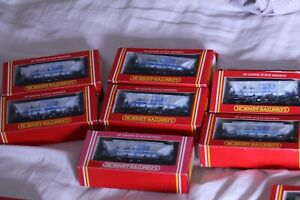 OO GUAGE ROLLING STOCK  . HORNBY 7 X R052 ECC HOPPER WAGONS. WEATHERED EXCELLENT