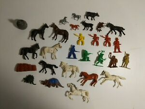 Vintage Lot of 30 Plastic Toys (Cowboys, Indians, Dinosaurs, Horses, Animals)