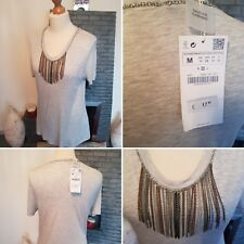 ZARA ~ BNWT £17.99 ~ STUNNING GREY T-SHIRT TOP WITH ATTATCHED NECKLACE ~ SIZE M