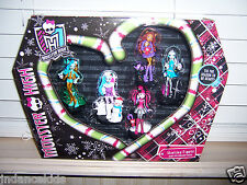 NIB Monster High HOWLIDAY Figures Set Of 5 Christmas Holiday Figures Gift Set