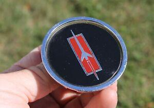 1979 80 81 1982 Oldsmobile Cutlass OEM Hubcap Locking Center Cap Emblem 254842