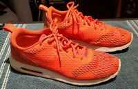 Nike Mens Air Max Tavas SE Special Edition 718895 800 Crimson Shoes Size 11