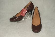 "MERONA  NWT  Classic Heels Shoes Elegant Brown Croc Embossed   ""Mari"" Sz 9.5"
