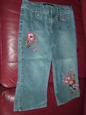 SQUEEZE New York Girl's Floral Embroidered Capri Jeans Size 10