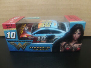 VERY RARE Danica Patrick 2017 Wonder Woman #10 Fusion 1/64 NASCAR CUP