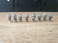 Space Marine Heads Spikes x8