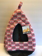 """Max & Bella Pet Hut (Pink)15� X 13 """" X 12� W/ Grey Cats & White Cats -New"""
