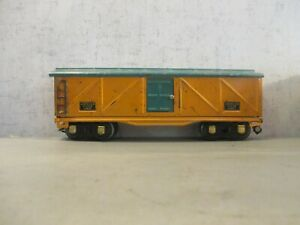 AMERICAN FLYER O GAUGE 9 INCH  BOXCAR NEEDS BOTH LINK COUPLERS SOME SCRATCHES AN