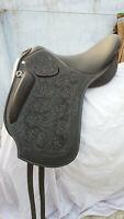 "English Close contact leather saddle 17"""