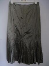 EXCLUSIVELY HARRY - Champagne Crinkle Skirt Sz 8 BNWOT