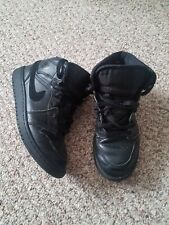 Boys Air Jordan Shoes –Size 4Y preowned Black