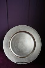 GOLD TONE CHARGER PLATE: SET OF 6