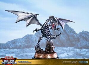 precommande neuf figurine F4F yu gi oh dragon blanc yeux bleus silver ed ST 35cm