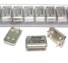 100x Quarz-Oszillator Sunny SCO-010, 11.059200 MHz, DIL-Gehäuse RM 7.5/15, NOS