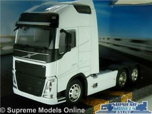 VOLVO FH TRUCK MODEL LORRY CAB UNIT WHITE LARGE 1:32 SIZE TRACTOR WAGON WELLY T3