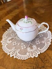 Lenox Petite Suite Flower Teapot. Perfect Condition - Never Used Was A Gift