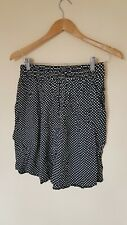 Ladies Black Spotted Summer Shorts Size 14 Altered Image <CX2772