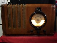 New ListingOld Antique Wood Pilot G284 Vintage Tube Radio Art Deco Table Top