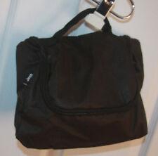Jeep Toiletry Shaving Makeup Bag W/ 3 Thin Nylon Shoe/Laundry/Multi-Purpose Bags