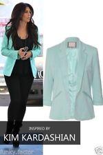 Damen-Anzüge & -Kombinationen mit Blazer für Business-Anlässe in Kurzgröße