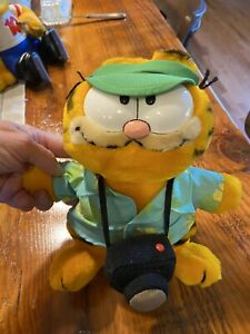 "Vintage 9"" Garfield Plush Hawaiian Shirt, Visor and Camera Make the Tourist Tags"