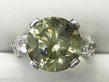 8.34ctw GREEN & WHITE DIAMOND ring solid 18kt w/g 10grams  BEAUTIFUL Ring