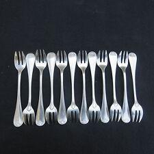 CHRISTOFLE 12 fourchettes à huîtres en métal  argenté modèle coquille bérain 2