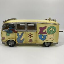 Volkswagen Love Bus Resin Birdhouse Hanging Yellow Hippie Decoration Garden