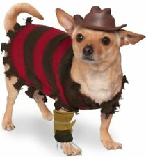 Vestiti e scarpe grigi senza marca per cani