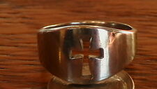 10K WHITE GOLD CUT OUT CROSS RING SIZE 8.5