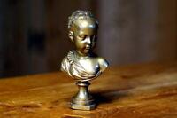 exquisite Bronze Biedermeier Kinderbüste auf Sockel um 1850 Künstlerarbeit