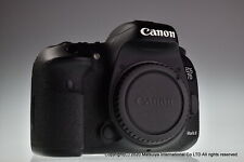 Canon EOS 7D Mark II 20.2MP Digital Camera Body Excellent