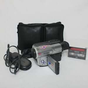 Samsung SCL700 8mm Video8 Camcorder VCR Player Video Transfer Complete w/ Extras