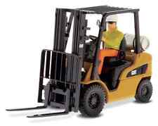 DIECAST MASTERS 85223 1:25 SCALE CAT P5000 FORKLIFT TRUCK (MIB)